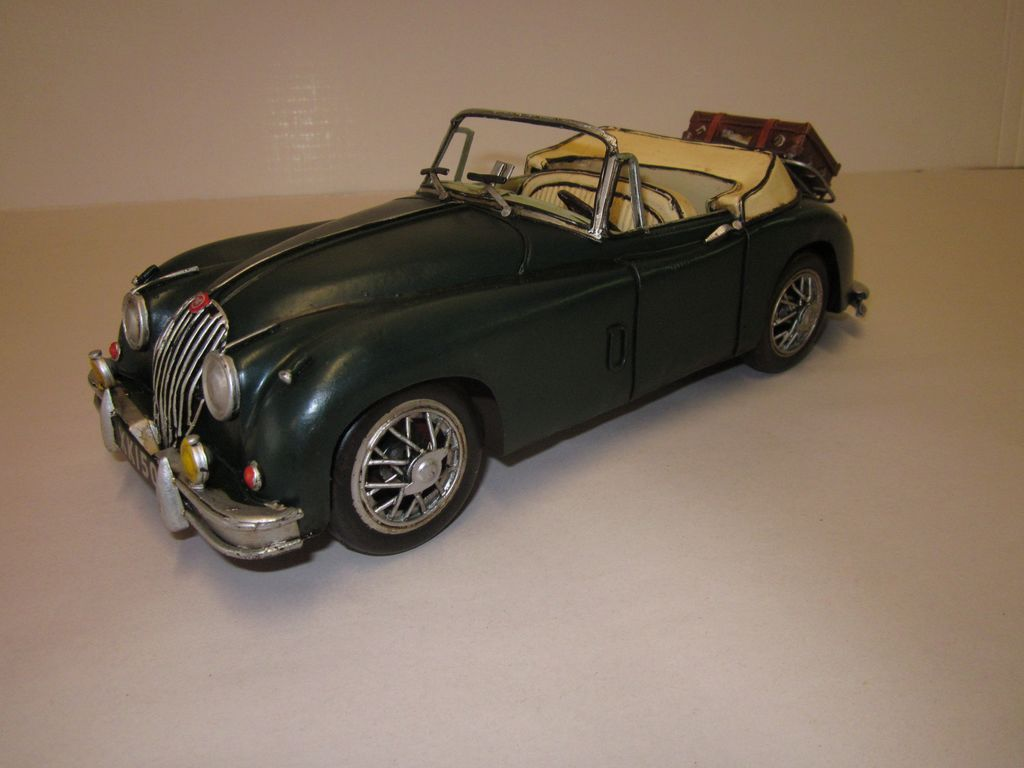 Model: Jaguar XK 150
