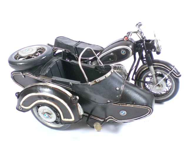 Model: BMW R60-2 sajdkára